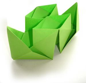Оригами. Кораблик двухтрубный