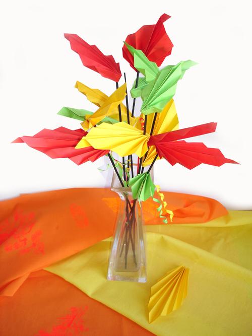 Оригами. Осенний букет из листьев