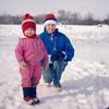 Чем полезны зимние прогулки с ребёнком