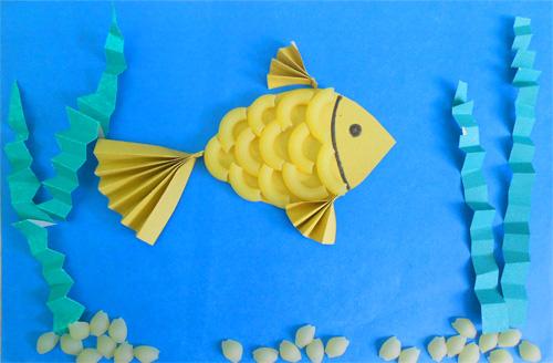 Золотая рыбка из макарон